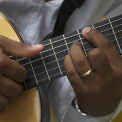 doigts-de-fred-sur-la-guitare.jpg